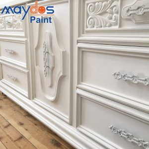 Nitrocellulose lacquer wood paint